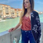 Aurora Ruffino Wiki, Success, Boyfriend, Net Worth, Measurements, and Social Life