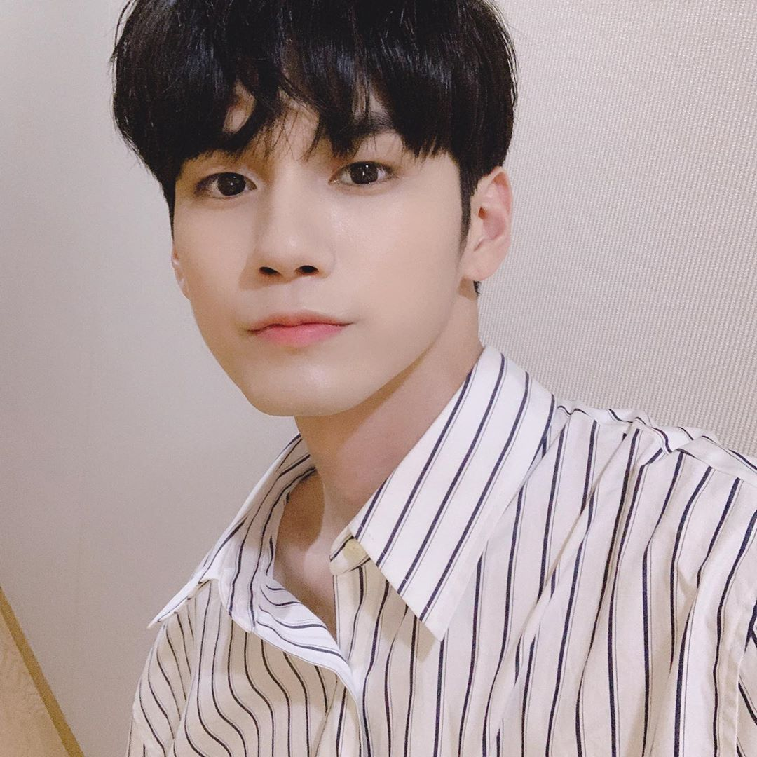 Ong Seong Wu Wiki, Biography, Age, Education, Family Life, Success Story, Personal Affairs, Career, Net Worth, Girlfriend, Body Measurements and Social Life