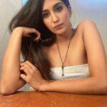 Nimrat Kaur Ahluwalia Height, Age, Husband, Parents, Instagram & TV Show
