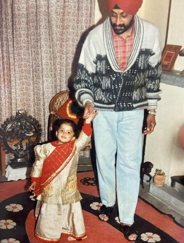 Nimrat Kaur Ahluwalia childhood photo with her father