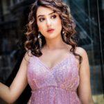 Riya Sharma Bio, Age, Boyfriend, Height,Instagram, Net Worth, and Fb