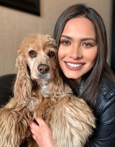 Andrea Meza Pet Lover