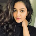 Priyal Mahajan Age, Wiki, Height, Instagram, Parents, Boyfriend & TV Shows