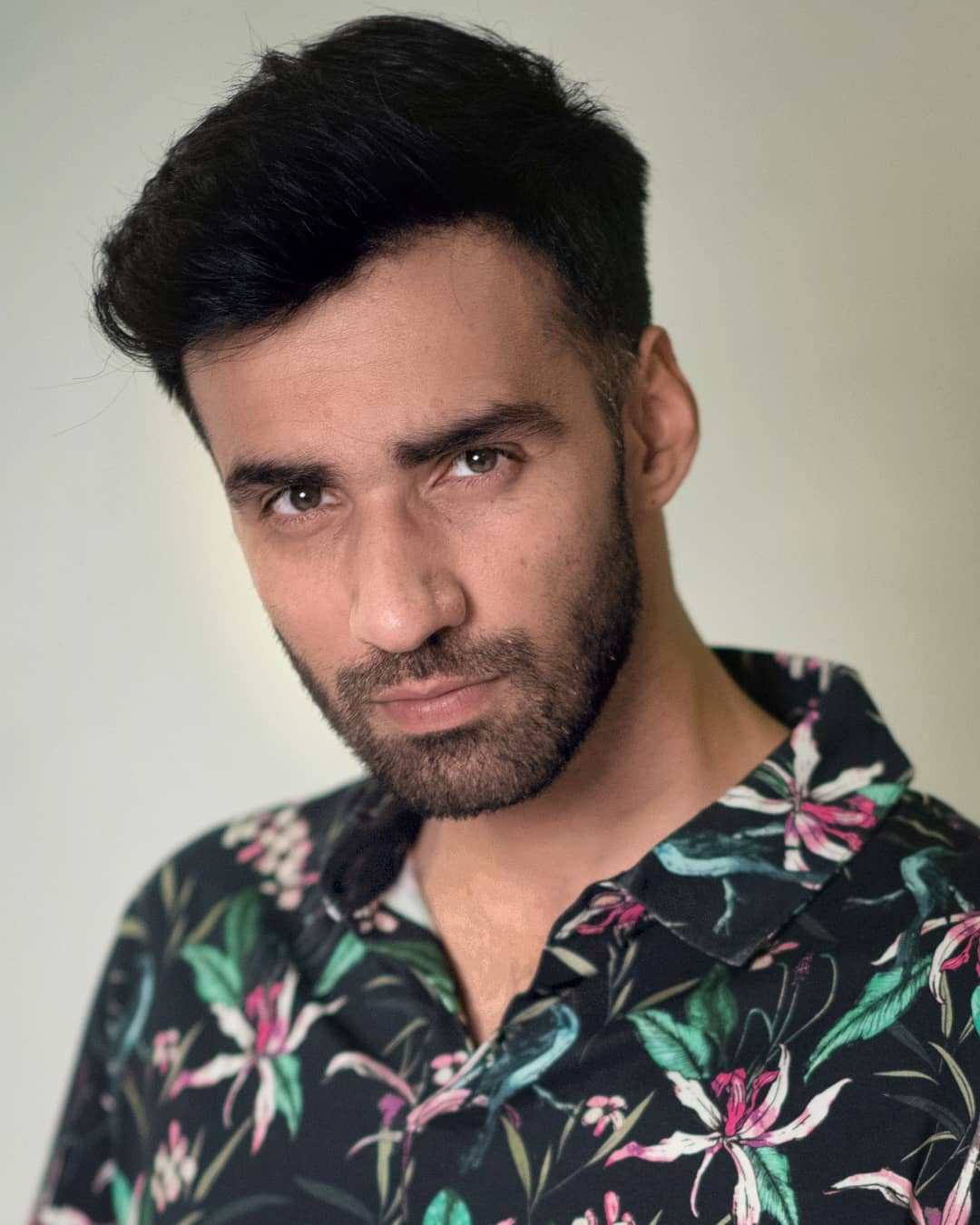 Avinash Tiwary Wiki, Age, Instagram, Twitter, Girlfriend, and Net Worth